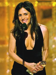 Mary Louise Parker (2004)  ''Janel Maloney just told me she would pay me 1,000 dollars if I thanked my newborn son for my boobs looking so good in this dress. So, get out your checkbook. William Atticus Parker, thank you so much from your mother.'' —Best Actress in a Supporting Role in a TV Series, Miniseries or Movie for Angels in America