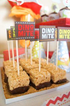 Treats at a Dinosaur Party #dinosaur #partytreats