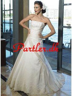 8f6a5e83a0fe Elfenben En Linje Stropløs Halsudskæring Brudekjoler Lace Beach Wedding  Dress