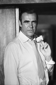 Scottish actor Sean Connery as James Bond during the filming of 'Diamonds Are Forever', 1971.