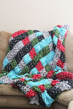 Quilt Pattern: Make a Quilt With Woven Scarves