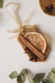 Excited to share this item from my shop: Wax sachet Cinnamon essential oil. Excited to share this item from my shop: Wax sachet Cinnamon essential oil. Natural Christmas, Homemade Christmas, Christmas Crafts, Christmas Decorations, Christmas Ornaments, Etsy Christmas, Wax Tablet, Pot Pourri, Cinnamon Essential Oil