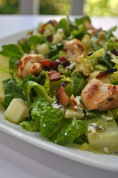 Chicken, Bacon and Apple Salad with Pecan Vinaigrette