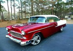 1955 Chevrolet Bel Air Hardtop offered for auction Chevrolet Bel Air, 1955 Chevy Bel Air, 1955 Chevrolet, Chevrolet Trucks, Chevrolet Impala, Muscle Cars Vintage, Vintage Cars, Antique Cars, American Muscle Cars