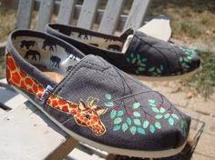 I Need These Giraffe Toms!