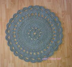 virkattu matto-crochet rug