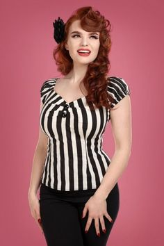 Collectif Clothing Dolores Striped Top Années 50 en Noir et Blanc