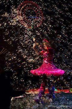 Bolle di sapone  bubble show  Bubbles in wonderland bubble show