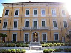 Acculturarsi: A Palazzo Binelli l'esposizione che mostra da vici...