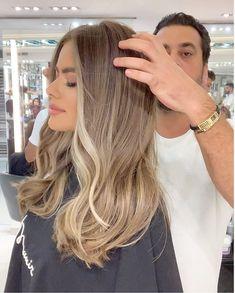 Blonde Hair Looks, Ash Blonde Hair, Going Blonde To Brunette, Blonde Balayage Highlights, Bayalage, Brown Hair Cuts, Cabello Hair, How To Lighten Hair, Sassy Hair