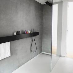 Home Decorating Ideas Modern Badezimmerboden und Wände Bathroom Renos, Bathroom Interior, Modern Bathroom, Industrial Bathroom, Small Bathrooms, Bathroom Cabinets, Bathroom Ideas, Wet Rooms, Walk In Shower