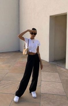 Fashion Tips Moda .Fashion Tips Moda Looks Street Style, Looks Style, Looks Cool, My Style, Best Style, Street Style Summer, Classic Style, Cute Casual Outfits, Retro Outfits