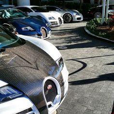 f a r i d a™🔺 k m💋 Yellow Car, Fancy Cars, Bugatti Veyron, Carbon Fiber, Dream Cars, World, Instagram Posts, Sport, Lifestyle