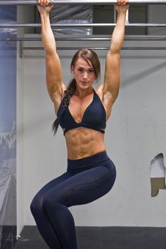Einhildur Yr Gunnarsdottir.. Wow imagine if I had a strong upper body like that..:o