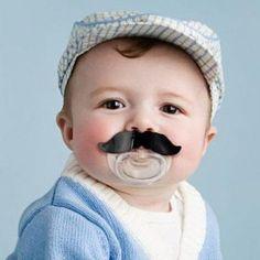 Fopspeen 'Moustache'