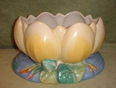 Clarice Cliff Lilly Pad Vase