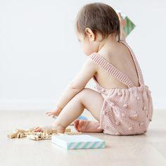 La collection Paelas de modèles de tricots layette - Plumetis Magazine