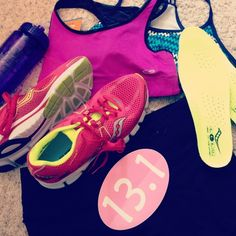 are you in your 20s? are you stuck in a fitness rut? complete with a half marathon plan, workout ideas, kick-ass playlists and diet/fitness tips, you'll LOVE this blog.