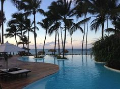 Zoetry Agua Punta Cana: Infinity Pool at sunset