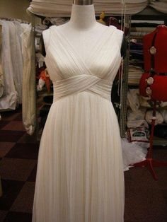 100 silk chiffon 14 meters handpleated wedding dress