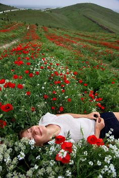 Poppies / Turkmenistan, Ashgabat by flydime, via Flickr