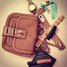 Manon mini bag on Posch Style    http://www.poschstyle.com/my-new-tila-march-mini-bag/