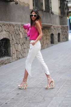 #casual #chic #white #pants #pink