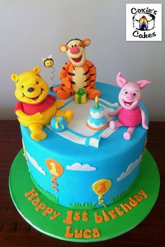 Winnie the Pooh and friends cake featuring Tigger, Pooh and Piglet