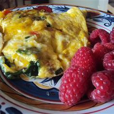 Spinach Mushroom Omelet: Who would of thought nutmeg was so delicious with mushrooms and eggs...
