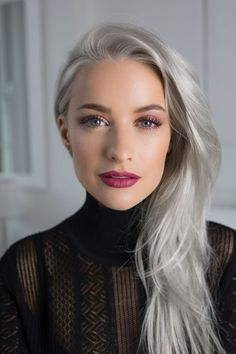 Inthefrow's Victoria Magrath is GLAMOUR's new fashion columnist and has shared the Autumn trends we'll all be wearing in a few months. Victoria Magrath, Grey Hair Inspiration, Mode Glamour, Glamour Uk, Glamour Beauty, Going Gray, White Hair, Makeup Looks, Hair Makeup