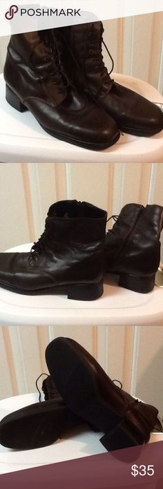 Men's Brown Ankle Boots Size 12M Cool men's size 12 M side zipper lace up ankle boots. Vintage. Made in Canada. They are well broken in. Leather. Very soft lining. Nexday Shoes