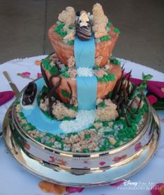 Splash Mountain Wedding Cake! #Disney #Cake #Wedding