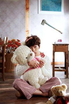 Ji Sung (Nana) in the drama Kill Me Heal Me Korean Celebrities, Korean Actors, Kdrama, Hwang Jung Eum, Moorim School, Drama Funny, Korean Drama Movies, Korean Dramas, Lee Bo Young