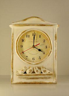 Zegar ceramiczny  z wróblami ekri przecierany