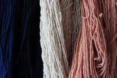 Materia Prima. Hilos de lana Bi Yuu. │Raw material,  wool threads. www.biyuu.mx