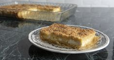 Cheese pie with a shredded phyllo crust by the Greek chef Akis Petretzikis. Make easily and quickly this recipe for a yummy pie with a creamy, cheesy filling! Greek Recipes, Raw Food Recipes, Cheese Pies, Phyllo Dough, Processed Sugar, Crust Recipe, Banana Bread, Stuffed Peppers, Baking