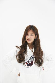 Name: Chorong Park Member of: Apink Birthdate: 03.03.1991