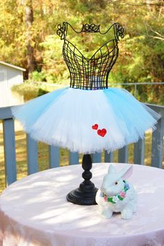 Ordering custom tutu from this seller for C's 1st Birthday photo shoot! Love this Alice in Wonderland tutu!