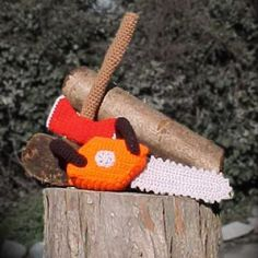 Axe and Chainsaw amigurumi pattern