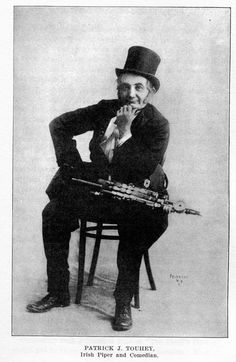 Patrick J. Touhey, uilleann pipes / unidentified phrotographer, c. Scottish Bagpipes, Dance Images, Celtic Music, Irish Culture, Old Music, Irish Traditions, Old World, Vintage Photos, Musicals