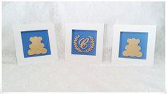Lindo trio de quadros pensado para deixar o quarto de seu bebê ainda mais bonito. <br>Quadro e aplique em mdf pintado de branco com fundo forrado com tecido azul. <br>Medida de cada quadro 18x18 <br>O preço é para o trio. <br>Podem ser feitos noutras cores e tamanho <br>Para mais detalhe nos consulte. <br> <br>Por favor tire todas suas dúvidas em contatar vendedor antes de efetuar o pedido.