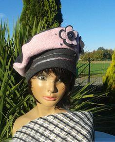 Béret chapeau d'hiver femme rose et gris ardoise Chery en laine bouillie : Chapeau, bonnet par lemur-rose