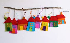 Необычное текстильное украшение детской комнаты легко создать самому