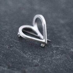 Mini Coup de Coeur silver pin brooch par Minicyn sur Etsy