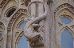 Mallorca, 401 (Temple de la Sagrada Familia) Mes dracs al blog:  www.dracs.cat