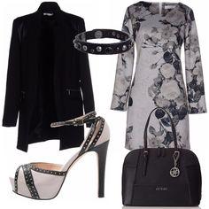 Outfit pensato per il lavoro: vestitino manica lunga grigio da abbinare a queste bellissime scarpe. Sopra: giacca lunga nera, borsa pass-par-tout Guess e bracciale che riprende le rifiniture delle scarpe.