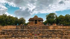 School Architecture, Art And Architecture, Images Of Sun, Travel Destinations In India, Indian Temple Architecture, Mount Abu, Places Of Interest, Vacation Spots, Trip Planning