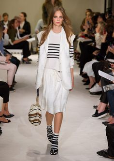 http://www.fashionsnap.com/collection/sonia-rykiel/2015ss/gallery/index9.php