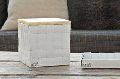 Baskets made of recycled window blinds.  Sälekaihtimista valmistetut Sälekorit.  www.annanygard.com