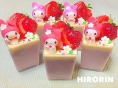 My melody strawberry milk pudding